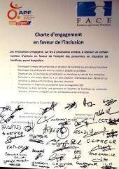 2013 11 20 CHARTE D'ENGAGEMENTS TRIPARTITE APF-FACE-ENT 07112013.JPG